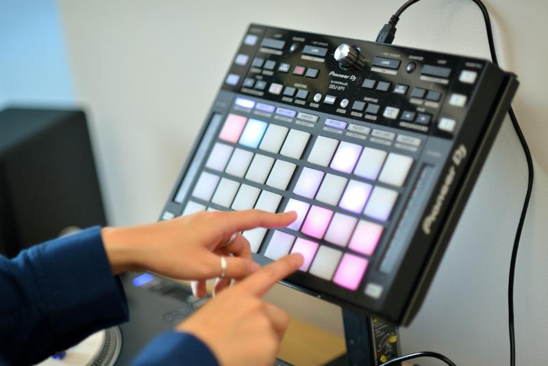 DJ-RINA