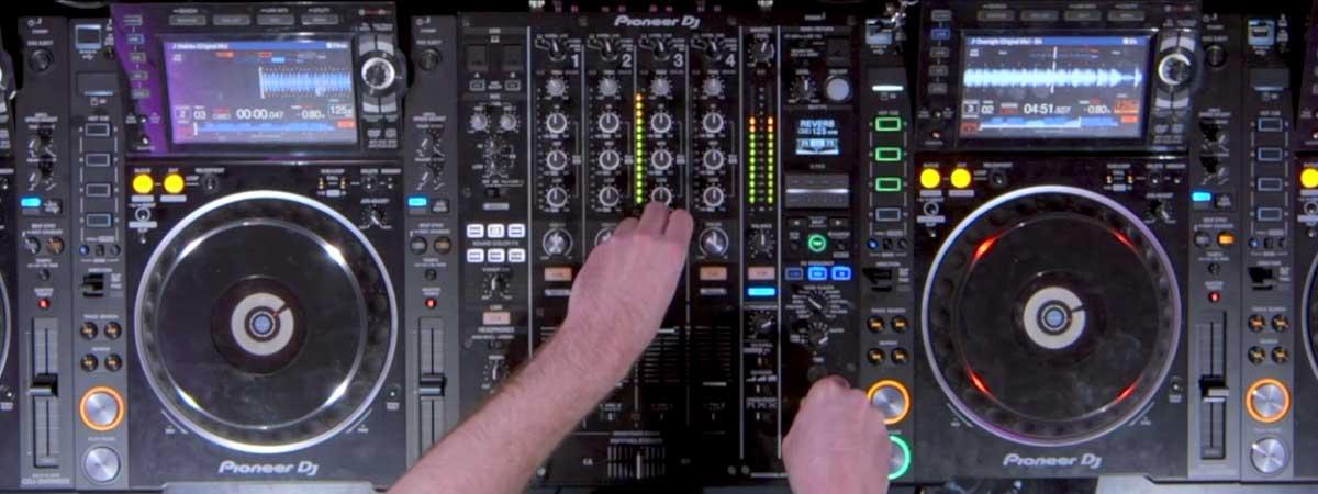 DJ S.K.T - DJsounds Show 2017