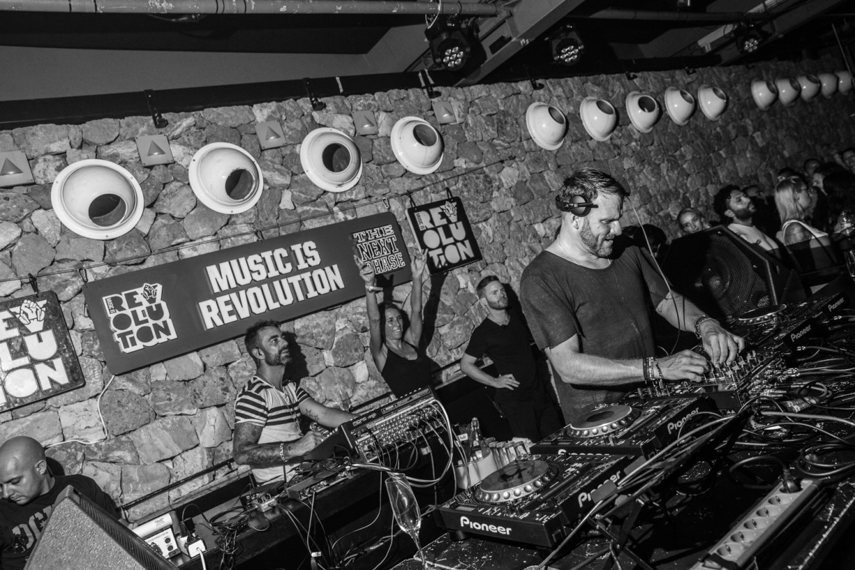August 2015 - Mark Knight - Music Revolution  - pic7