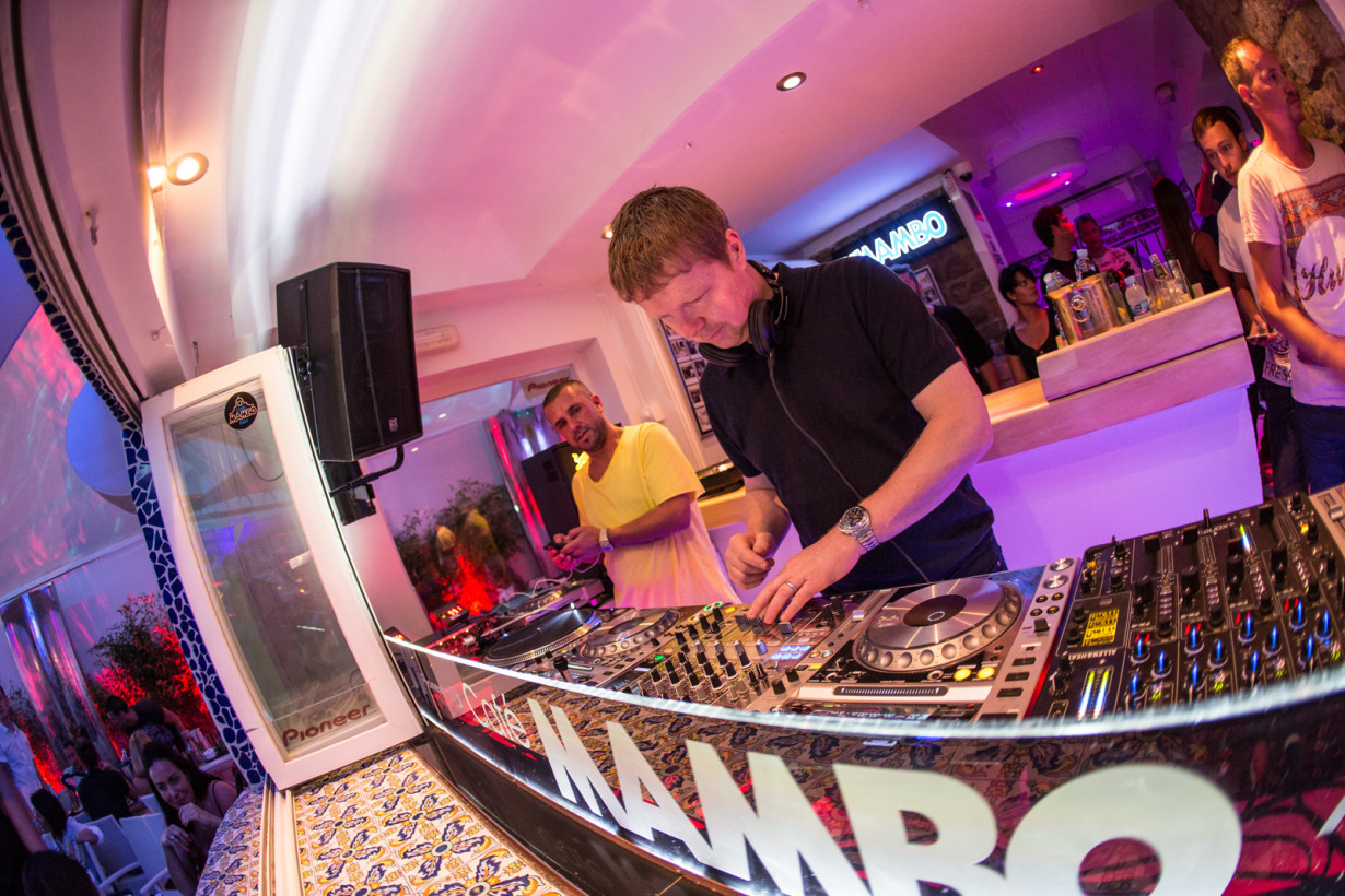 July 2015 - John Digweed - Insane pre-party - pic2
