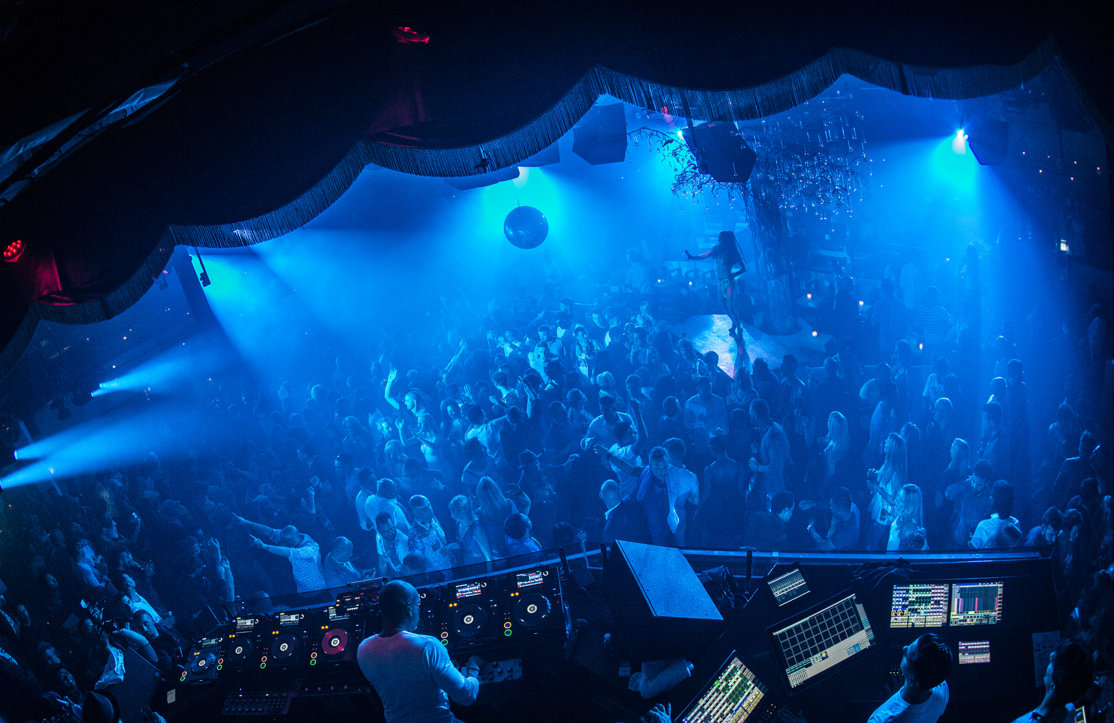 May 2015 - The Kings Of House - Pacha - pic1
