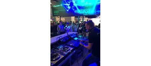 musikmesse-jay-frog-showcase-2