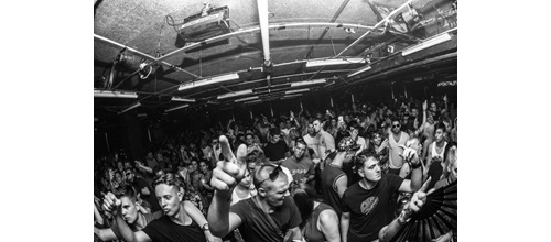 sankeys-the-redlight-2