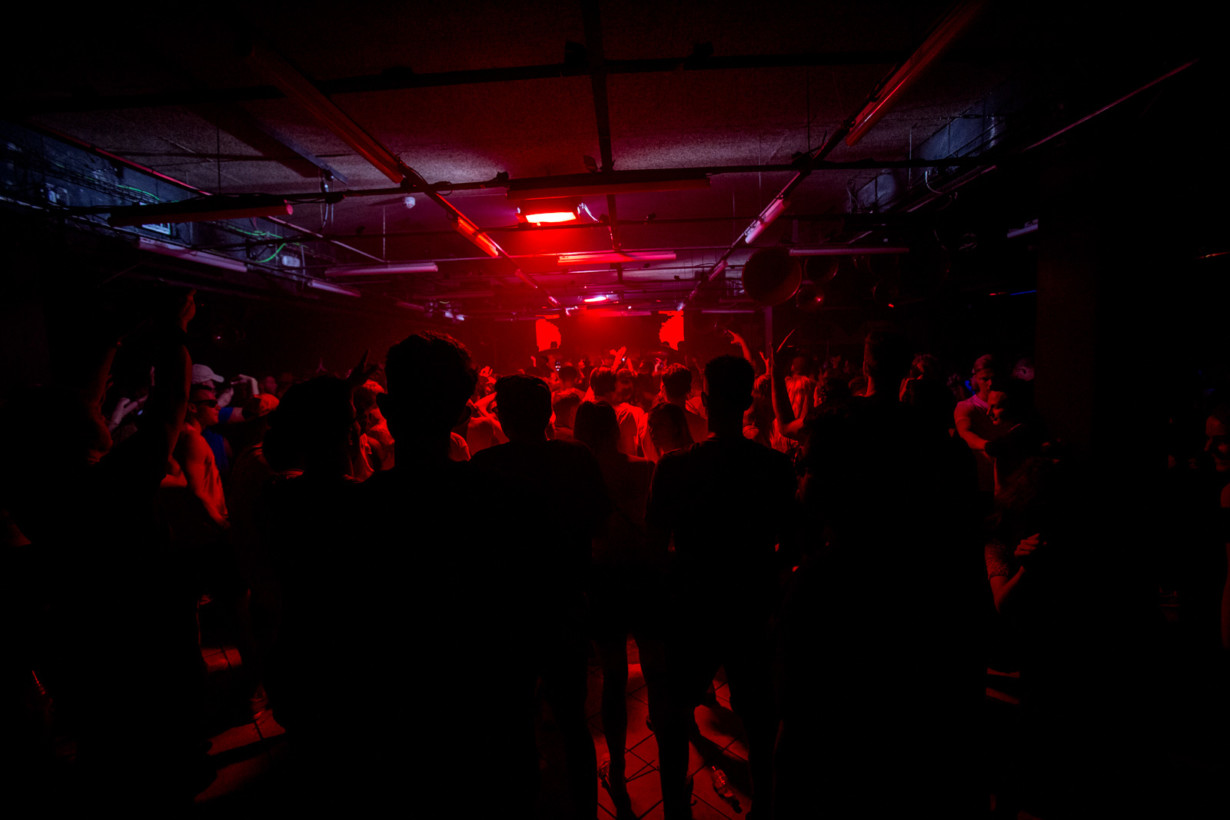 sankeys-the-redlight-7