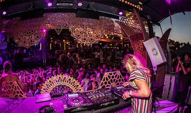 Crussen performing at WooMooN Ibiza