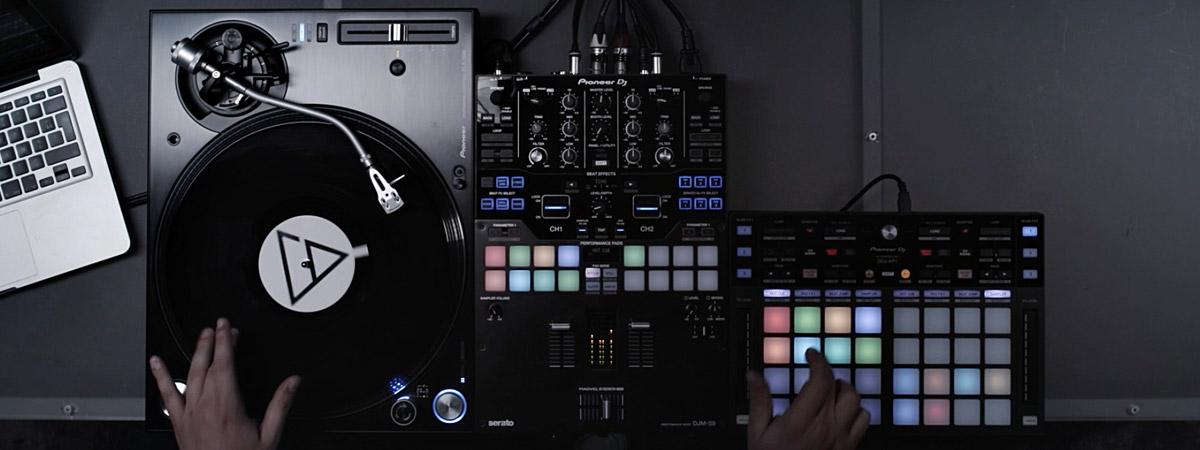 Video de performance de Aociz (9 O'clock) con el DDJ-XP1