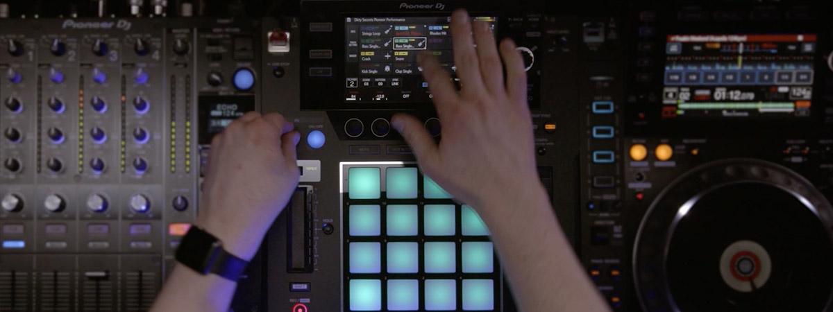 Video de performance de Dirty Secretz con DJS-1000
