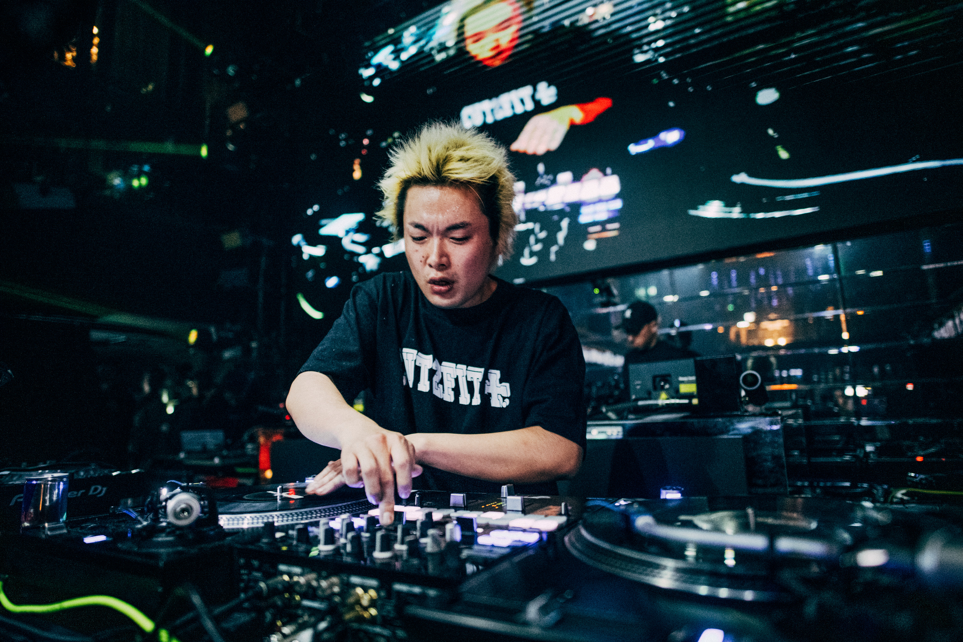 The World Finals of the Red Bull Music 3Style 2018-2019 World DJ  Championships IX are just around the corner and we ll be right in the thick  of things. 7f0c434a765