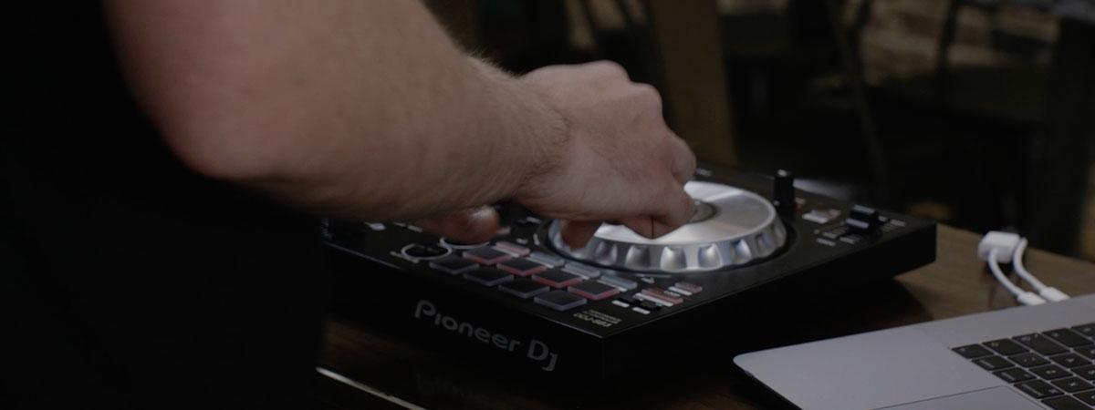 Pioneer DJ DDJ-SB3: Video & Images - Pioneer DJ USA