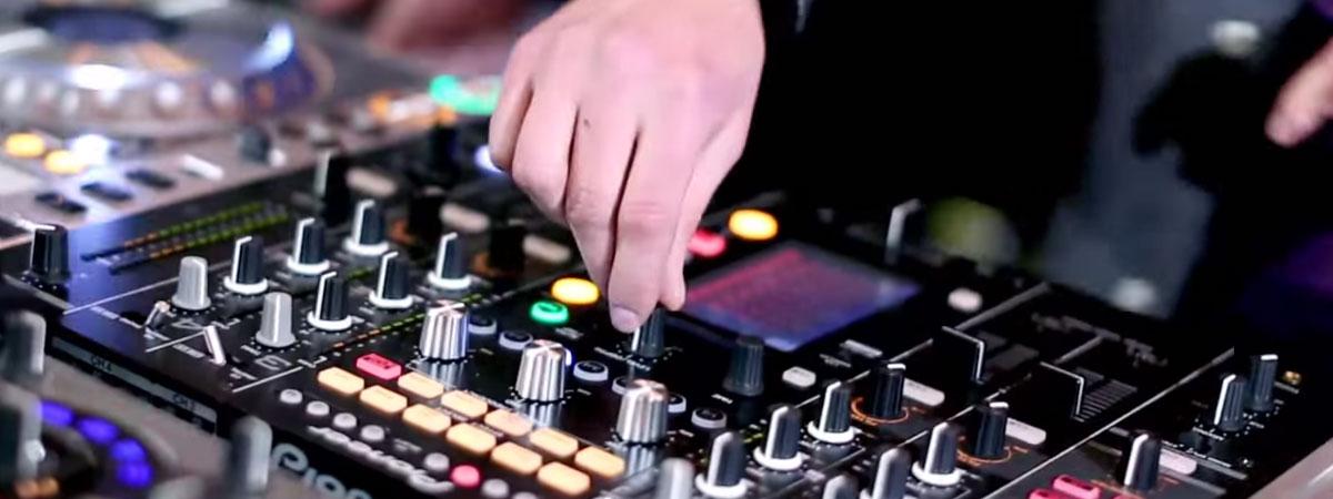 "Loadstar ""Refuse To Love"" Live on DJM-2000nexus and RMX-1000 Hyper Mix"