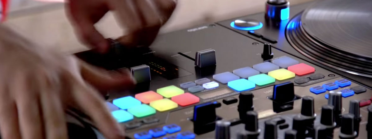 DJM-S9 Mr Switch Performance video